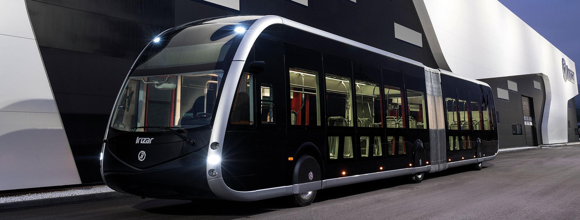 Irizar ie tram zero igorpeneko autobus artikulatu % 100 elektrikoak Espainiako 2018ko Urteko Autobusa saria eta Urteko Ibilgailu Industrial Ekologikoa saria eskuratu ditu.
