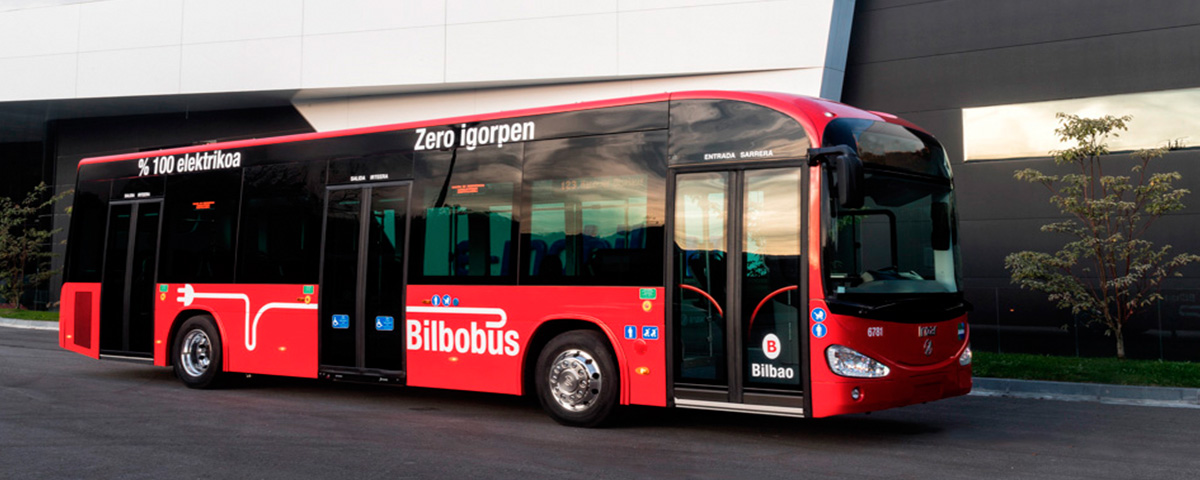 Bilbao places its trusts in Irizar for the third time and incorporates more new electric zero emission buses into its fleet, with two 12 metre long Irizar ie buses.