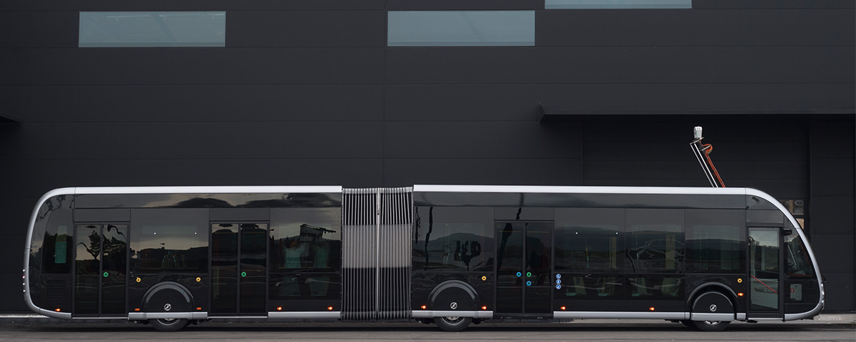 Irizar e-mobility signe avec Amiens Métropole le plus grand contrat européen pour la fourniture d'autobus articulés de 18 m, système BHNS, zéro émission