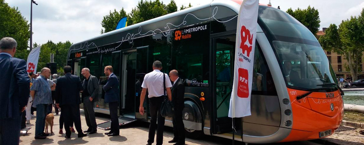 Presentation of the electric bus Irizar ie tram in Aix-en-Provence, France